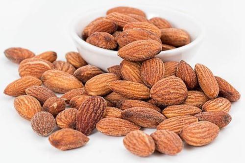 AWA superfoods mandle uzené 1000g