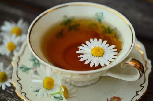 10 nejlepších přínosů heřmánkového čaje